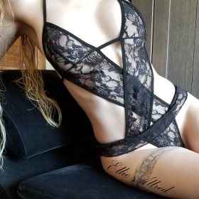 Black Lace Crisscross
