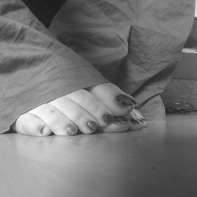 lovely long toe nails