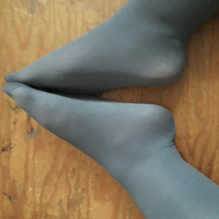 used opaque 40 denier tights